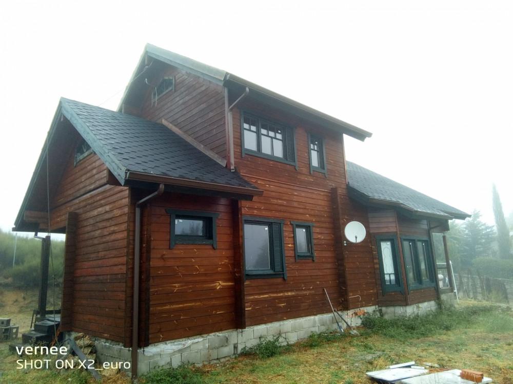 Casa en Santa María de la Alameda en Venta por 130.000€