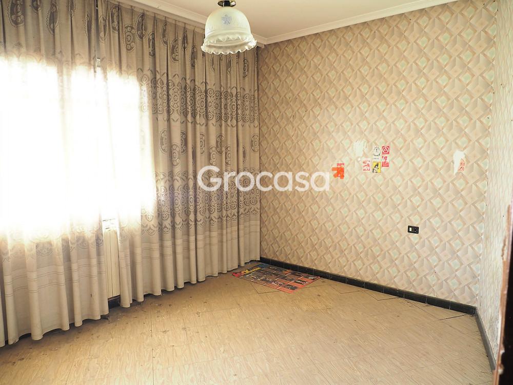 Casa en Monzón en Venta por 119.900€