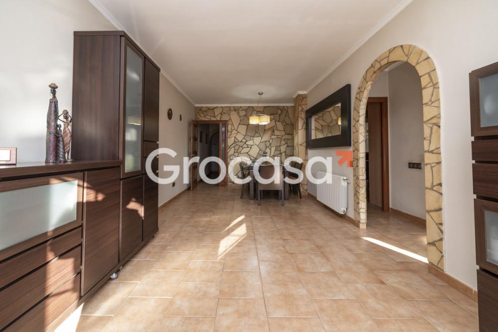 Piso en Canovelles en Venta por 129.000€