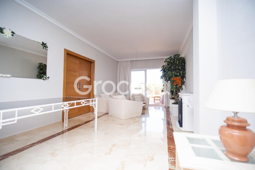 Piso en Estepona en Venta por 210.000€