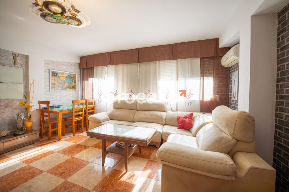 Piso en Almería en Venta por 110.000€