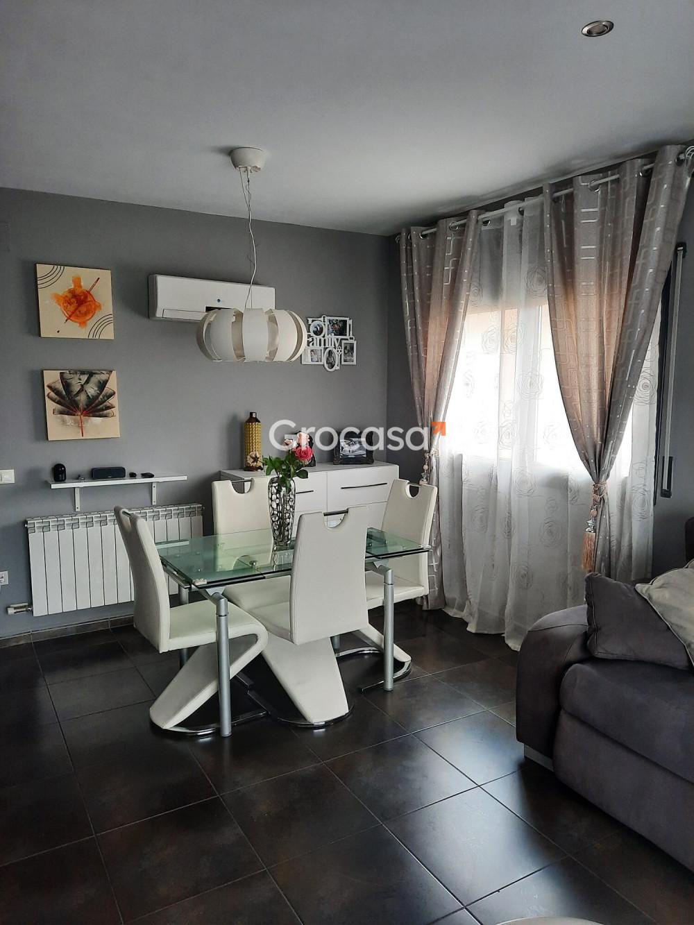 Casa en Roda de Ter en Venta por 299.000€