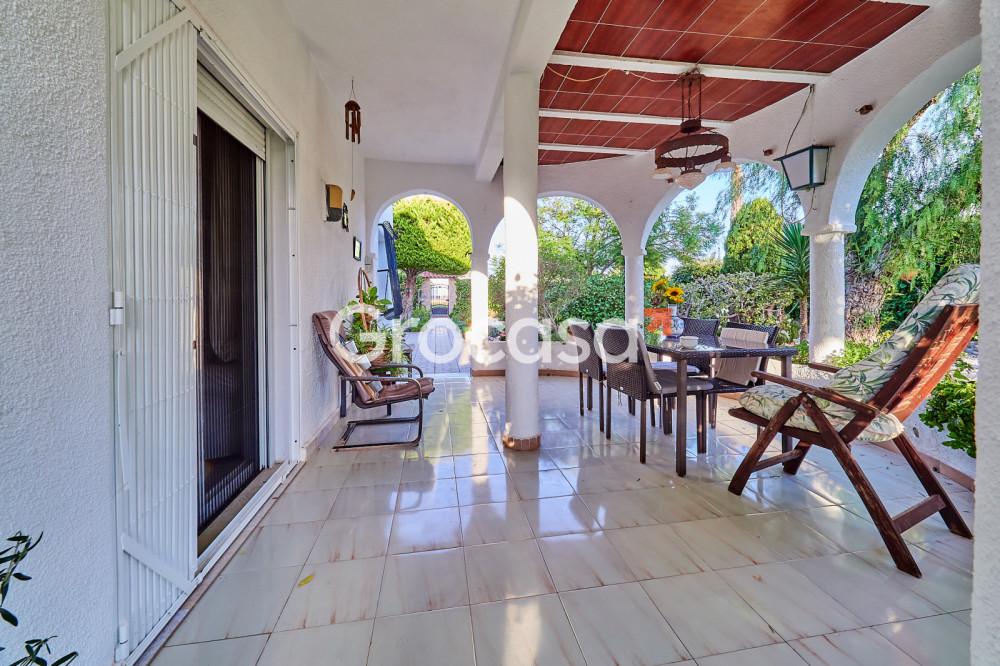 Casa en Torrevieja en Venta por 335.000€