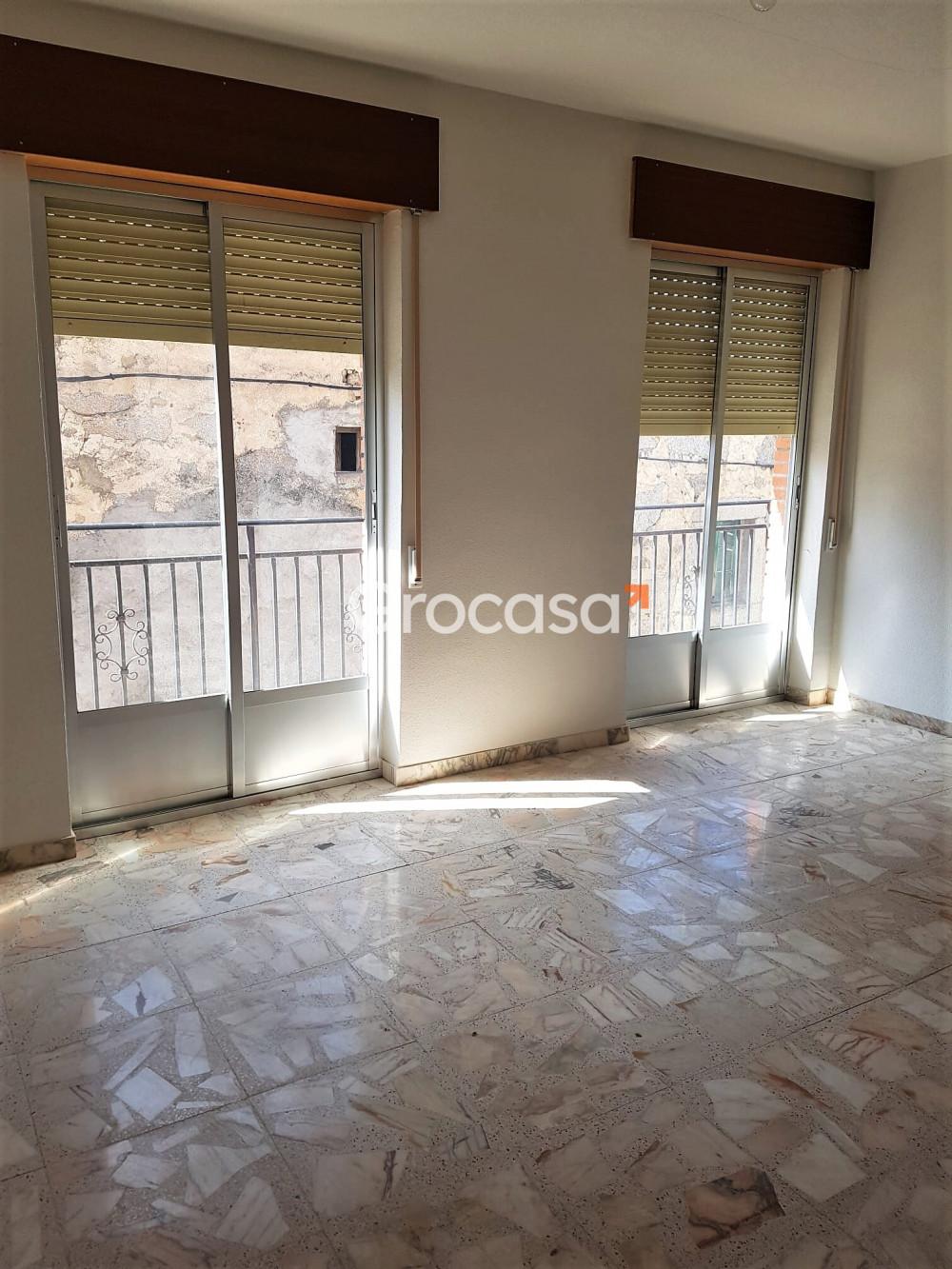 Casa en Navalmoral en Venta por 99.000€