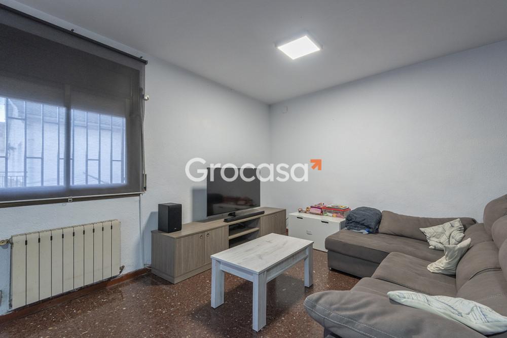 Casa en Rubí en Venta por 320.000€