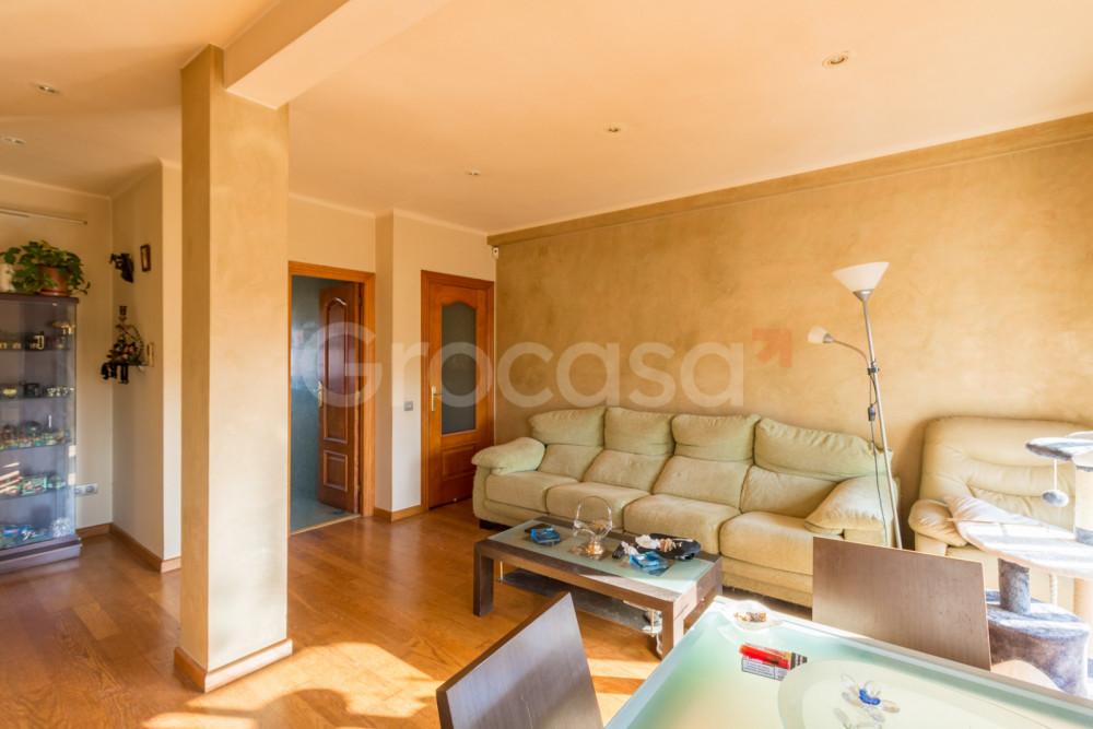 Piso en Barcelona en Venta por 275.000€
