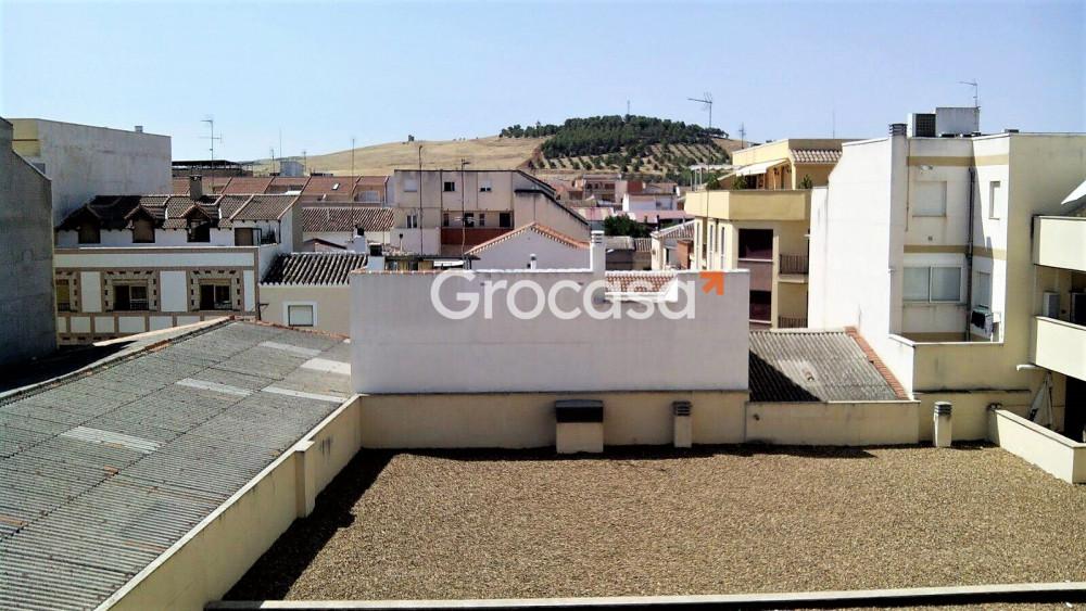 Ático en Valdepeñas en Venta por 62.000€