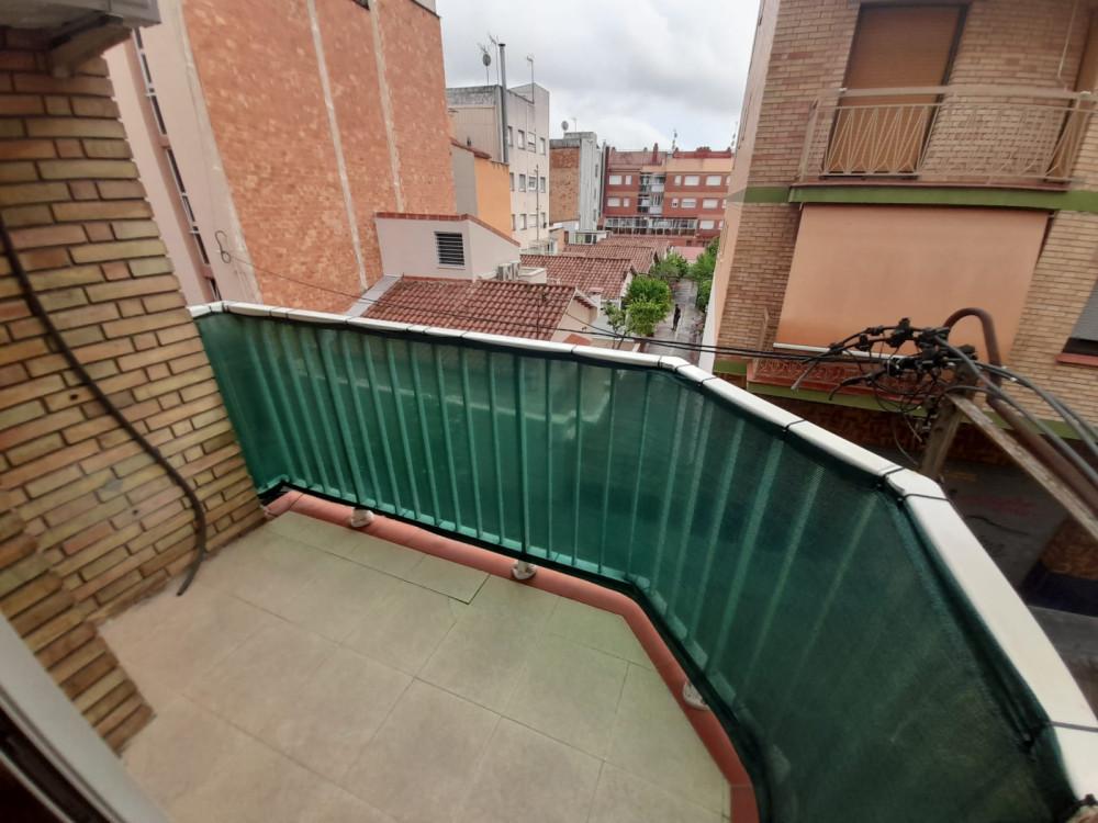 Piso en Gavarra en Cornellà de llobregat en Venta por 180.000€