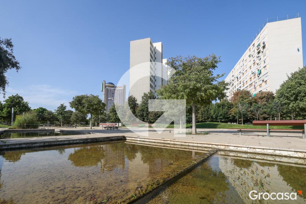 Piso en Bellvitge en L'Hospitalet de llobregat en Venta por 95.000€