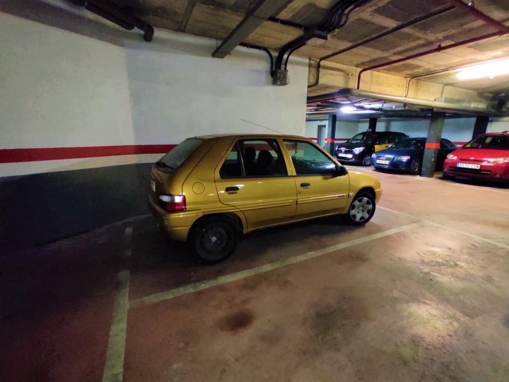 Parking en Centre en Sant Boi de Llobregat en Venta por 15.000€