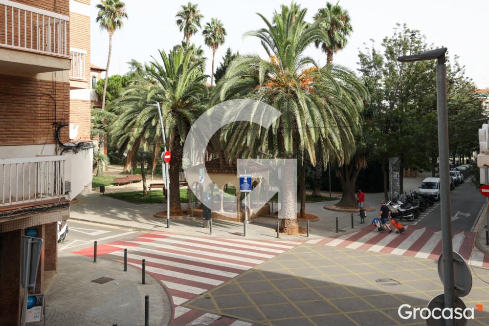 Piso en Centre en Esplugues de Llobregat en Venta por 200.000€