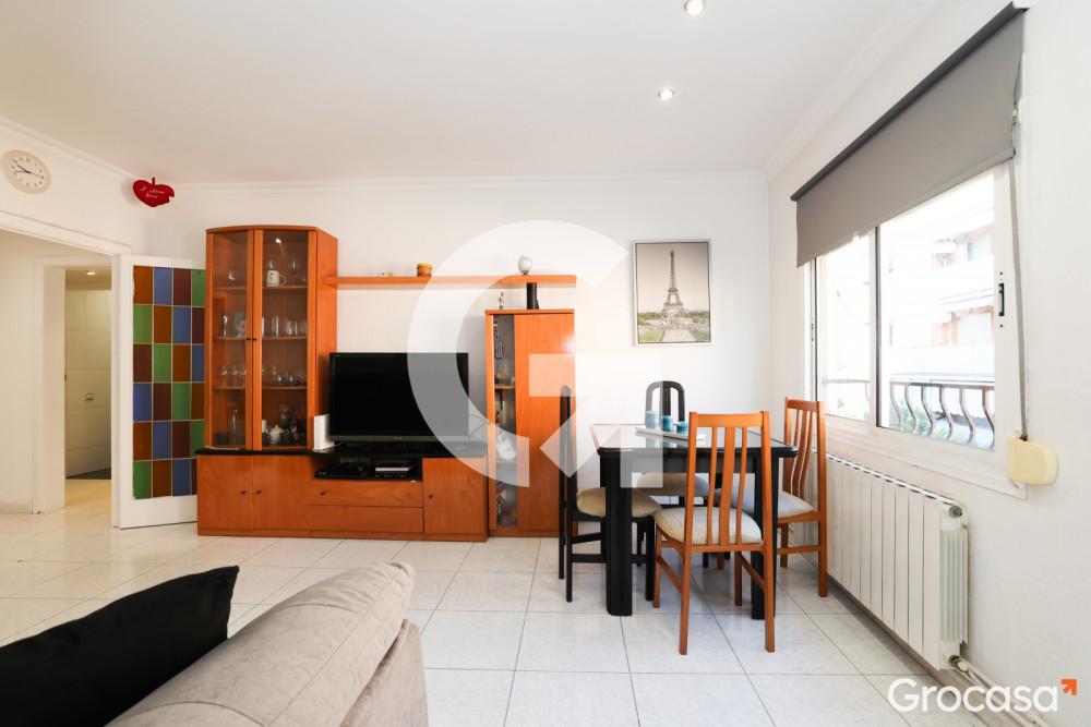Piso en Esplugues de Llobregat en Venta por 150.000€