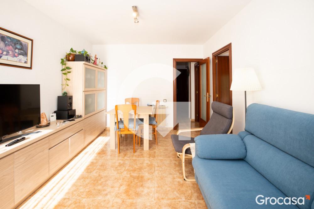 Piso en Can vidalet en Esplugues de Llobregat en Venta por 180.000€