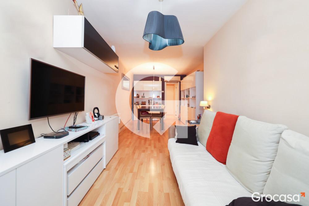 Piso en Can vidalet en Esplugues de Llobregat en Venta por 140.000€