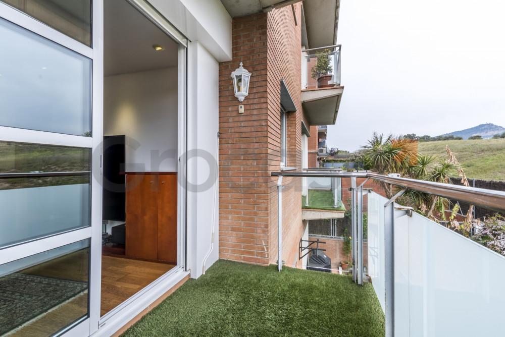 Piso en Mas lluÍ en Sant Feliu de Llobregat en Venta por 399.000€