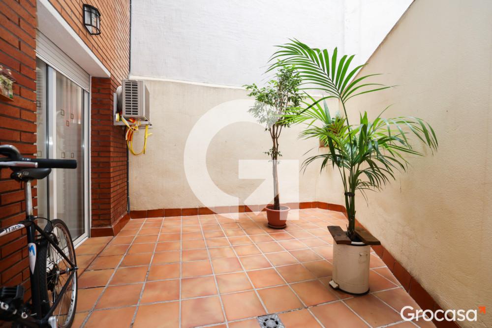 Duplex en Pubilla cases en L'Hospitalet de llobregat en Venta por 215.000€