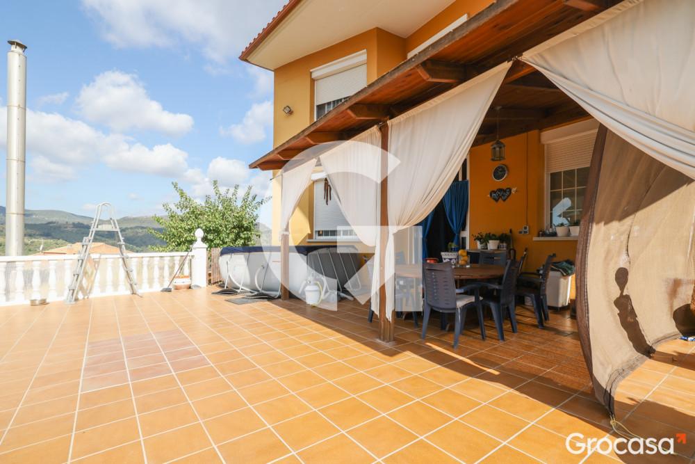 Casa en Cesalpina en Torrelles de Llobregat en Venta por 450.000€