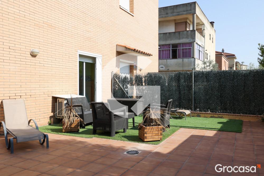 Planta baja en Castellbisbal en Venta por 235.000€