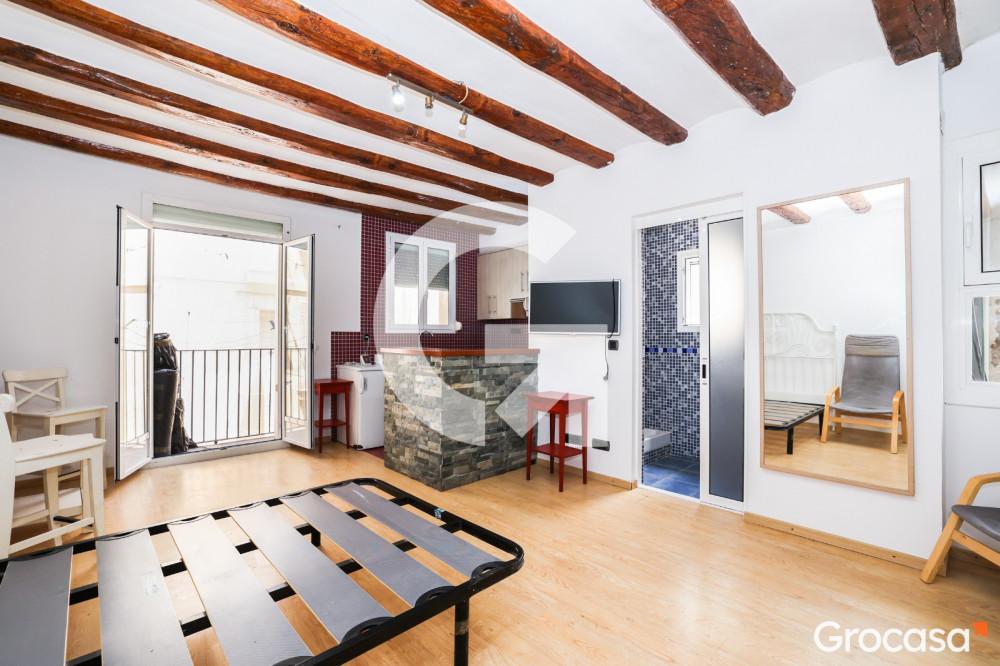Piso en El raval en Barcelona en Venta por 99.000€