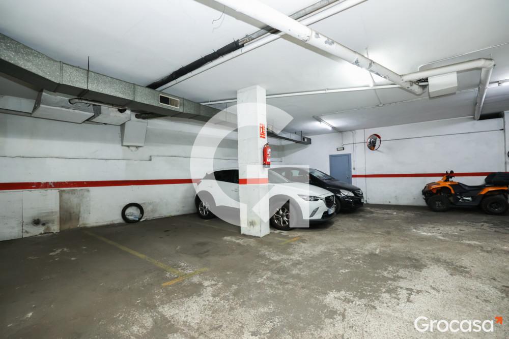 Parking en Badalona en Venta por 17.000€