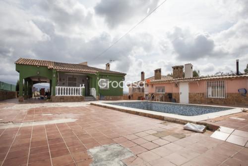 Casa en La Pobla de Vallbona en Venta por 199.000€