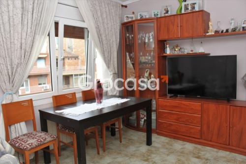 Piso en Santa Margarida de Montbui en Venta por 85.000€