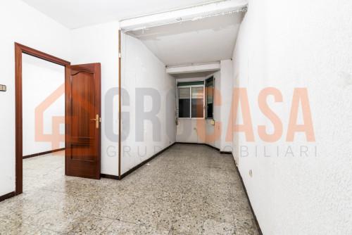 Piso en Collblanc en L'Hospitalet de llobregat en Venta por 210.000€