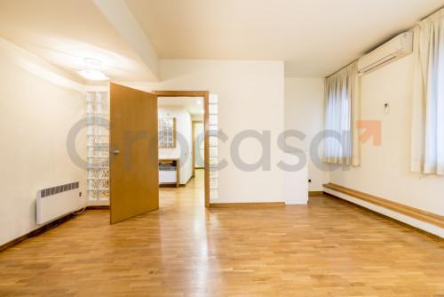 Piso en Collblanc en L'Hospitalet de llobregat en Venta por 199.500€
