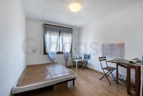 Piso en Collblanc en L'Hospitalet de llobregat en Venta por 119.000€