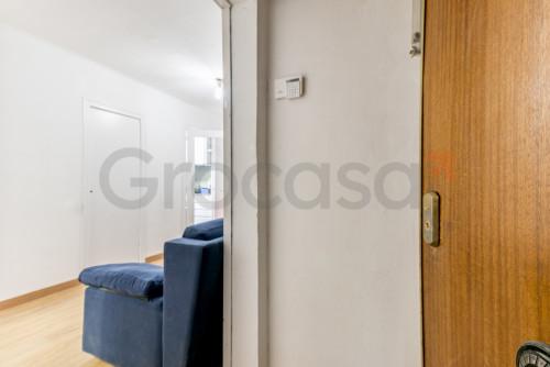 Piso en Collblanc en L'Hospitalet de llobregat en Venta por 104.000€