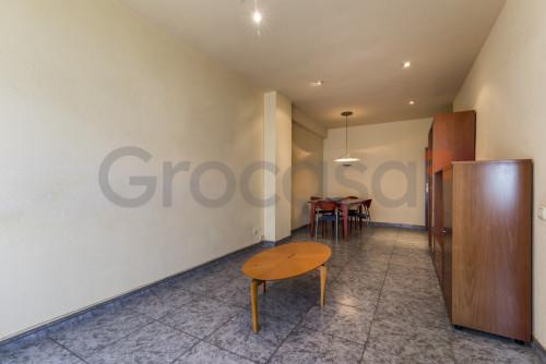 Piso en Sant josep en L'Hospitalet de llobregat en Venta por 240.000€