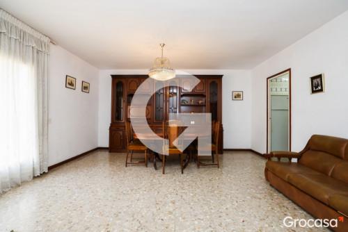 Piso en Centre en Gavá en Venta por 199.000€