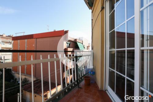 Piso en El pedrÓ en Cornellà de llobregat en Venta por 167.500€