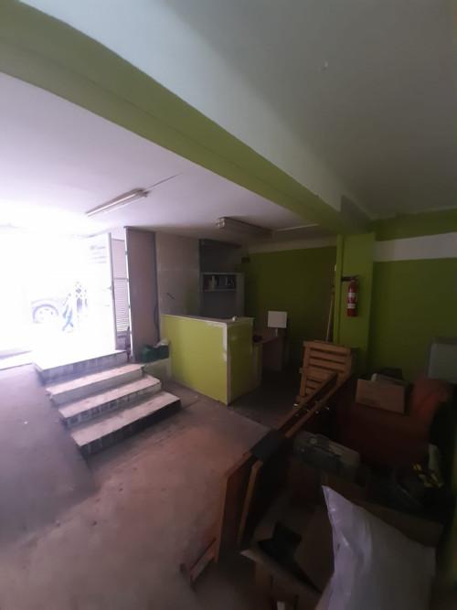 Local en Gavarra en Cornellà de llobregat en Venta por 87.500€