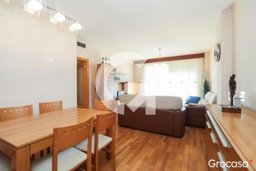 Piso en Castelldefels en Venta por 329.890€