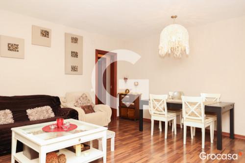 Piso en El castell en Castelldefels en Venta por 230.000€