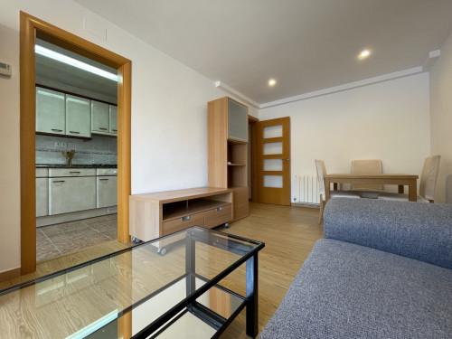 Piso en Centre en Castelldefels en Alquiler por 950€