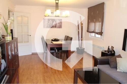 Casa en Urbanització cesalpina en Santa Coloma de Cervelló en Venta por 390.000€