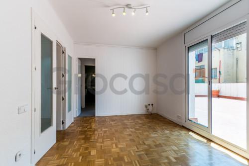 Piso en Roses en Sant Feliu de Llobregat en Venta por 219.000€