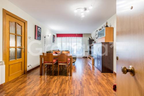 Piso en Sant Feliu de Llobregat en Venta por 370.000€