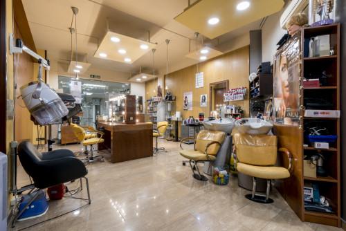 Local en Roses en Sant Feliu de Llobregat en Venta por 75.000€
