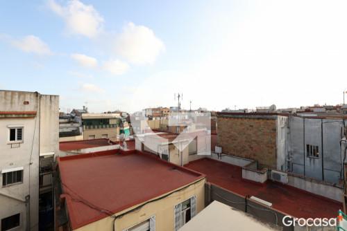 Piso en La florida en L'Hospitalet de llobregat en Venta por 77.000€