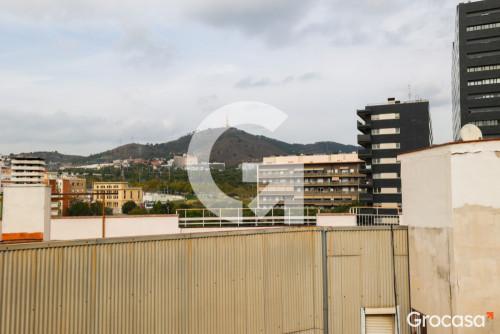 Piso en La florida en L'Hospitalet de llobregat en Venta por 114.000€
