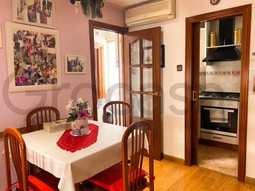 Piso en Pubilla cases en L'Hospitalet de llobregat en Venta por 110.000€