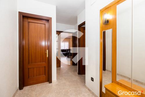 Casa en El serral en Sant Vicenç dels Horts en Venta por 320.000€