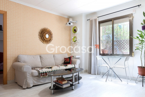 Piso en La trinitat nova en Barcelona en Venta por 124.000€