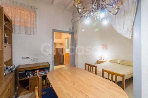Piso en El raval en Barcelona en Venta por 115.000€