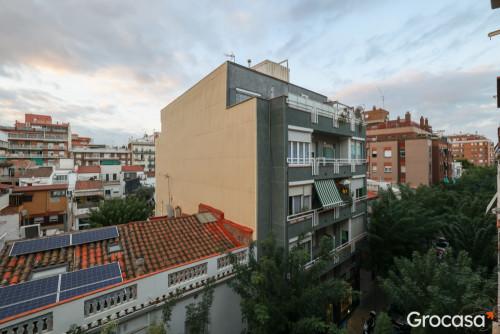 Piso en Gorg en Badalona en Venta por 260.000€