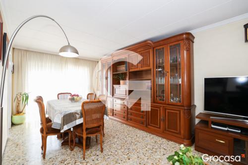 Piso en Pep ventura en Badalona en Venta por 189.900€