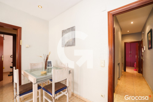 Piso en Centre en Santa Coloma de Gramenet en Venta por 175.000€